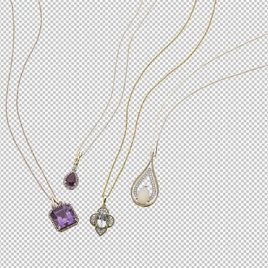 Gem_stone_necklace_cut_out_on_a_transparent_background